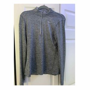 NIKE ZIP UP GREAT CONDITION